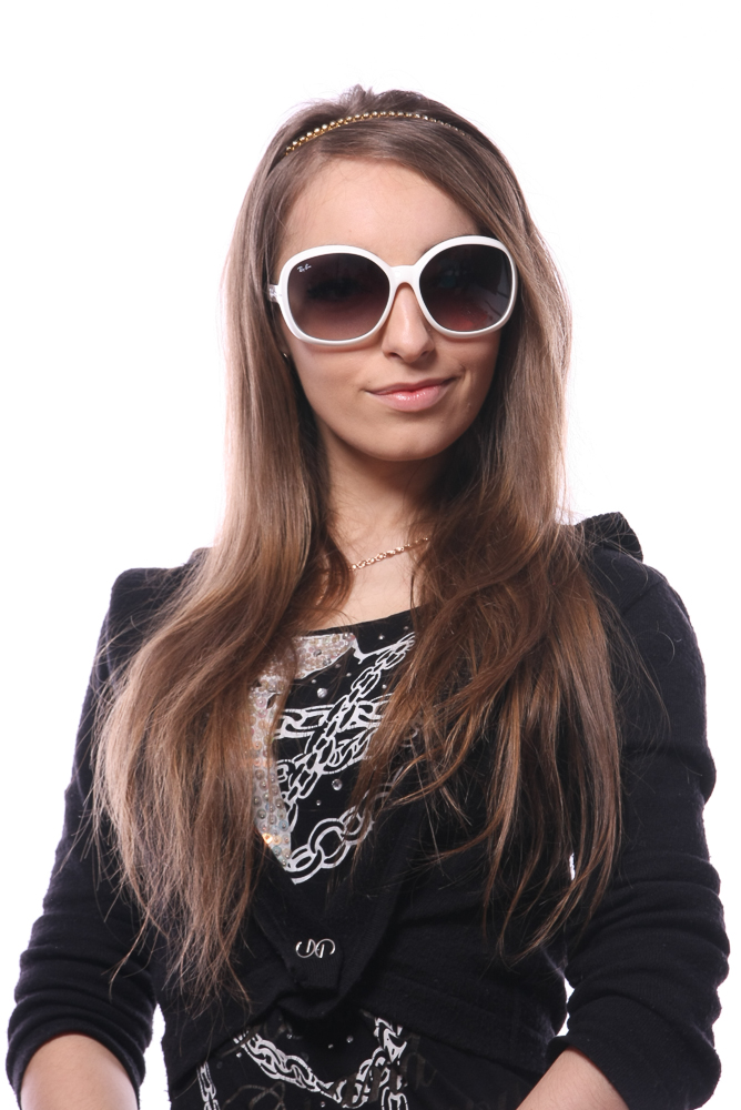c5d602479f7 Celebrities Wearing Ray Ban Jackie Ohh