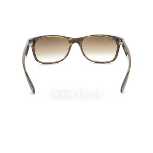 Очки Ray-Ban New Wayfarer RB2132-710-51 Shiny Avana/Faded Brown, вид сзади