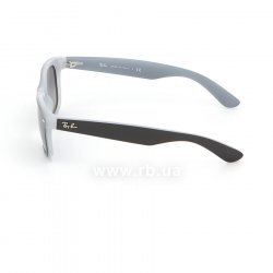 Очки Ray-Ban New Wayfarer Color Mix RB2132-6309-71 Black / White | Green / Grey, вид слева