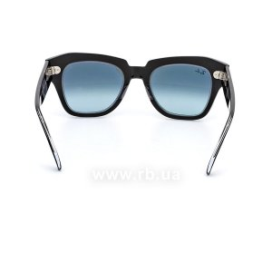 Очки Ray-Ban State Street RB2186-1294-3M Black | Blue Gradient, вид сзади