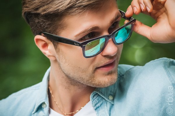 Ray-Ban Original Wayfarer Color Mix RB2140 1199/4J на людях 2