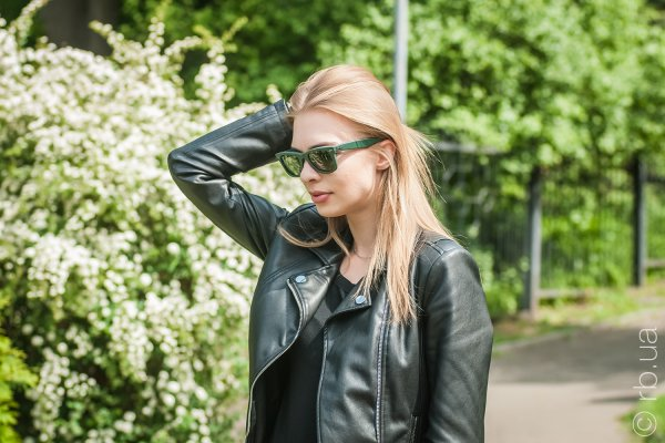 Ray-Ban Original Wayfarer Leather RB2140QM 1170 на людях 4