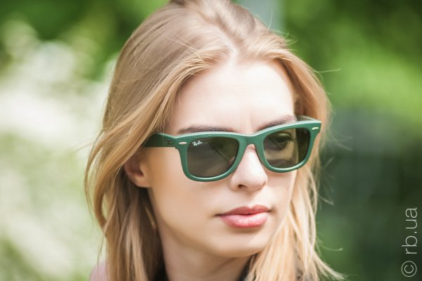 Ray-Ban Original Wayfarer Leather RB2140QM 1170 на людях 5