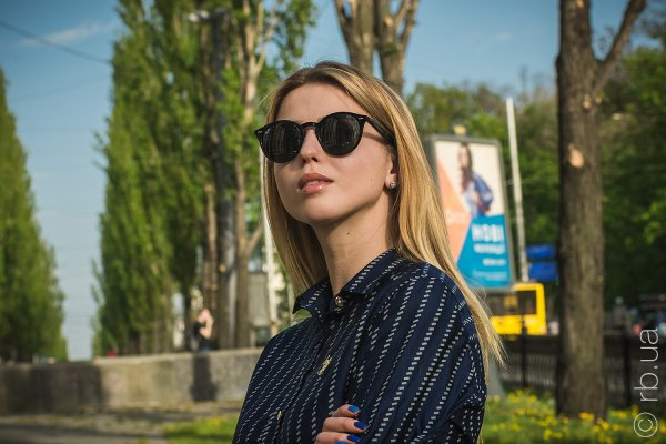 Ray-Ban Highstreet RB2180 601/71 на людях 2