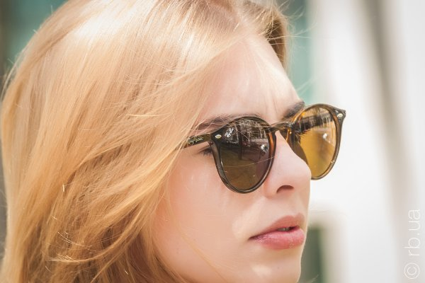 Ray-Ban Highstreet RB2180 710/73 на людях 3