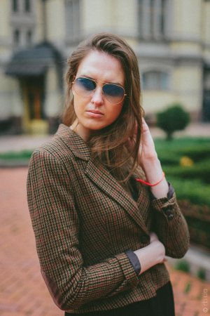 Ray-Ban Aviator Large Metal RB3025 001/3F на людях 2