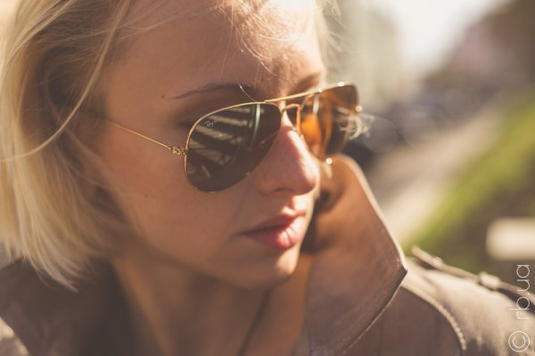 Ray-Ban Aviator Large Metal RB3025 001/4F на людях 2