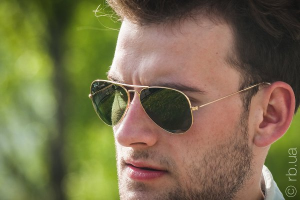 Ray-Ban Aviator Large Metal RB3025 001/M4 на людях 3