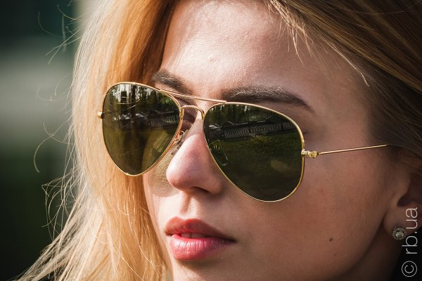 Ray-Ban Aviator Large Metal RB3025 001/M4 на людях 6