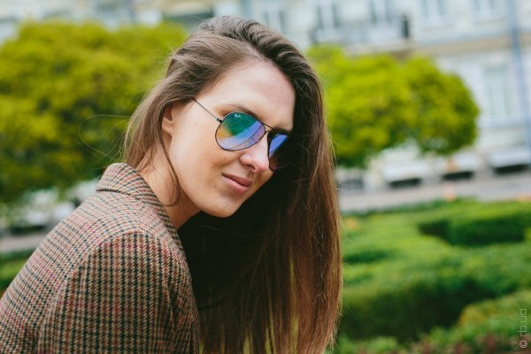 Ray-Ban Aviator Flash Lenses RB3025 002/4O на людях 1