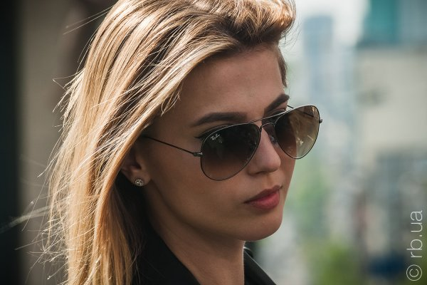 Ray-Ban Aviator Large Metal RB3025 004/51 на людях 3