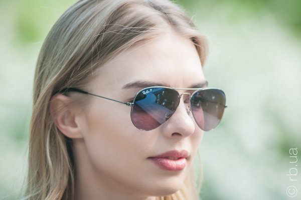 Ray-Ban Aviator Large Metal RB3025 004/77 на людях 5