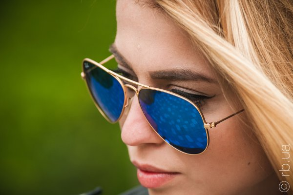 Ray-Ban Aviator Flash Lenses RB3025 112/17 на людях 9