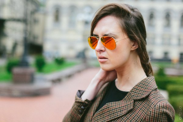 Ray-Ban Aviator Flash Lenses RB3025 112/4D на людях 2