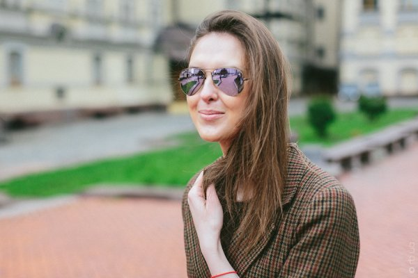Ray-Ban Aviator Flash Lenses RB3025 167/4K на людях 1