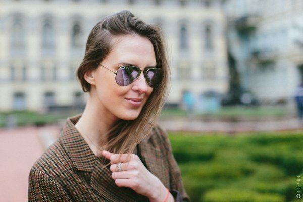 Ray-Ban Aviator Flash Lenses RB3025 167/4K на людях 3