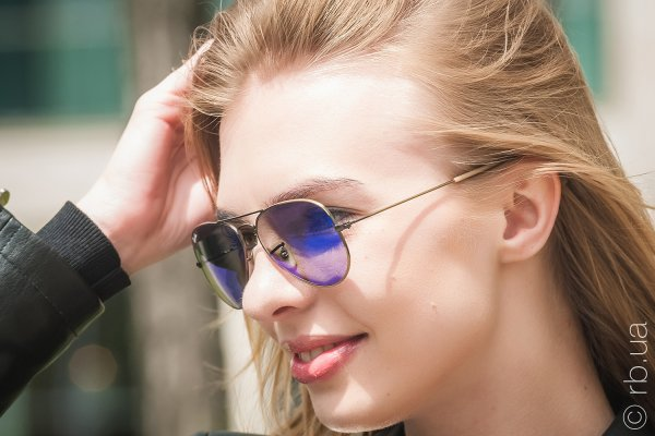 Ray-Ban Aviator Flash Lenses RB3025 167/68 на людях 2