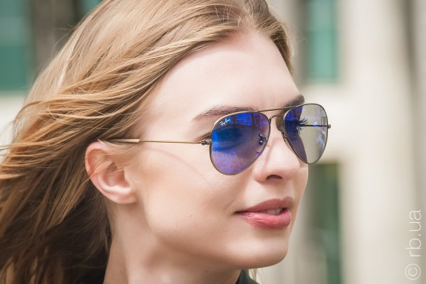 Ray-Ban Aviator Flash Lenses RB3025 167/68 на людях 3