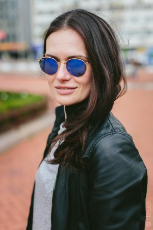 Ray-Ban Round Folding II RB3532 001/68 на людях 1