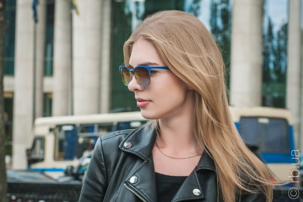 Ray-Ban Clubmaster Metal RB3538 9005/A9 на людях 4
