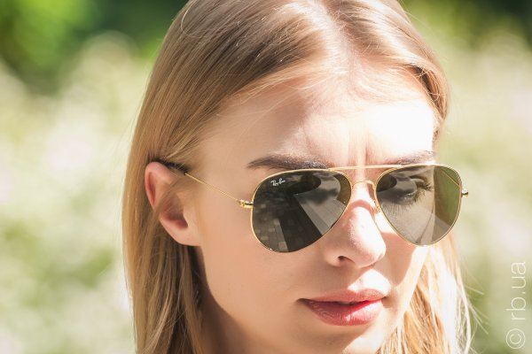 Ray-Ban Youngster Aviator RB3558 001/71 на людях 2