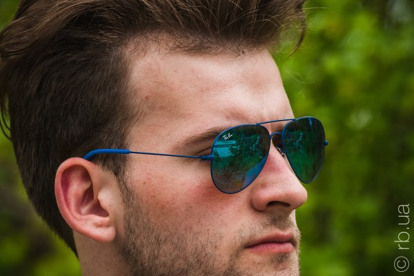 Ray-Ban Youngster Aviator RB3558 9016/B7 на людях 2