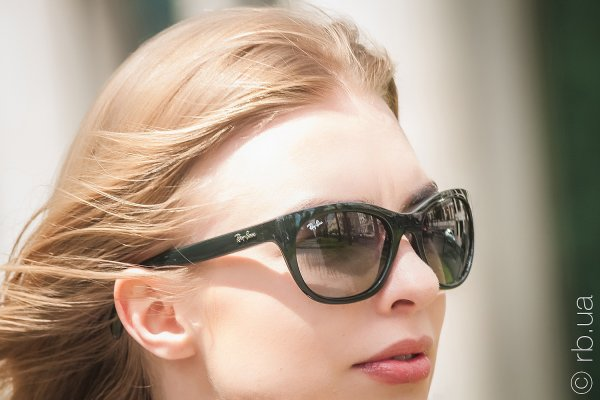 Ray-Ban Highstreet RB4216 601/11 на людях 2