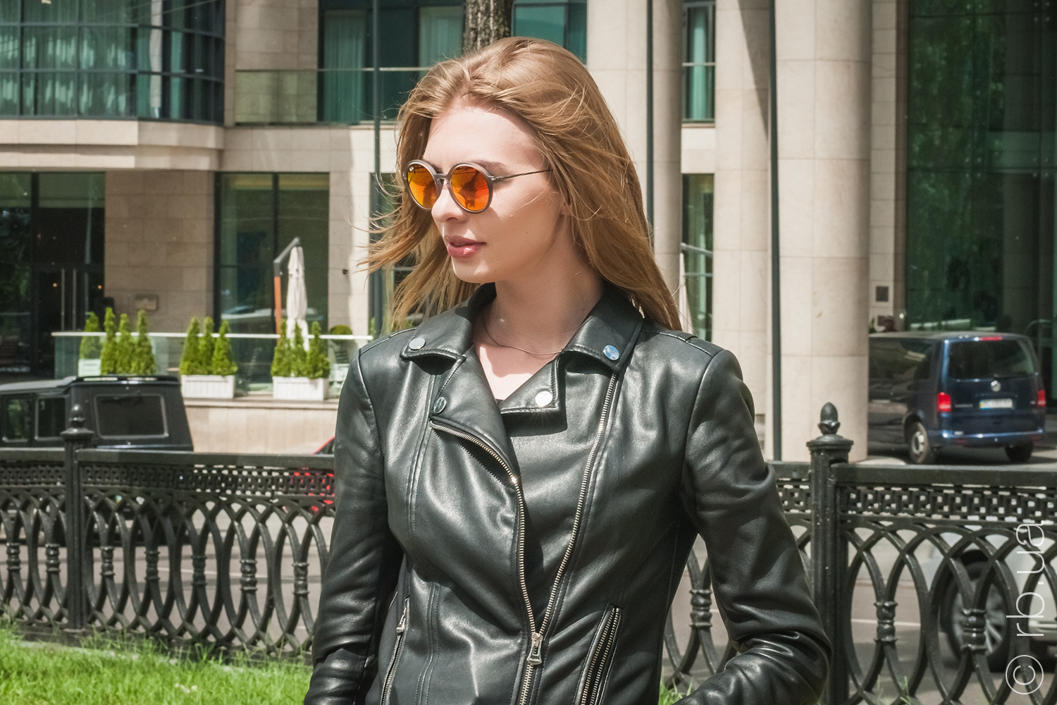 RB4222 6167/6Q Ray-Ban Youngster Round