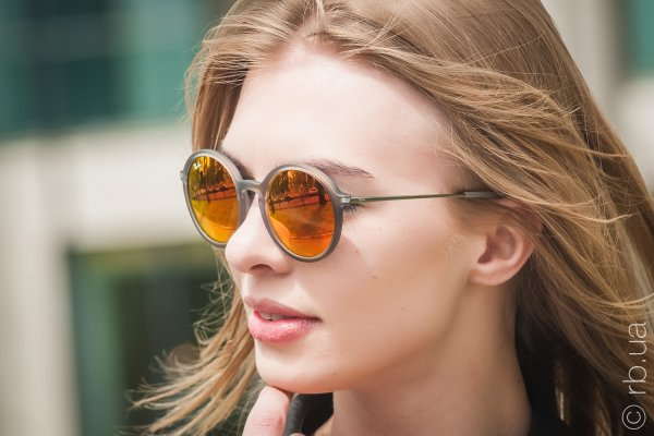 Ray-Ban Youngster Round RB4222 6167/6Q на людях 2