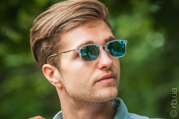 Ray-Ban New Wayfarer LightRay RB4225 646/55 на людях 3