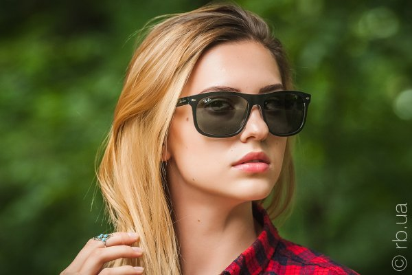 Ray-Ban Highstreet RB4226 6052/71 на людях 6