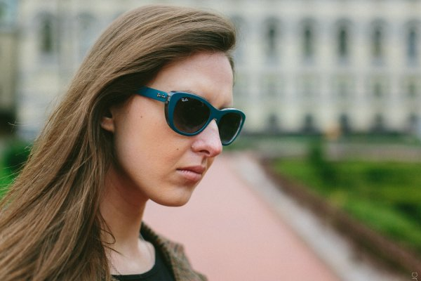 Ray-Ban Highstreet RB4227 6191/8G на людях 1