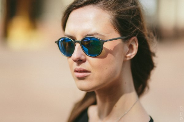 Ray-Ban Liteforce Round RB4237 6206/17 на людях 2