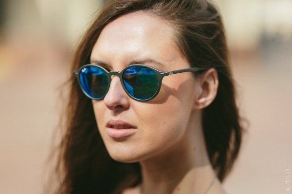Ray-Ban Liteforce Round RB4237 6206/17 на людях 3