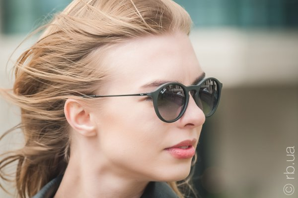 Ray-Ban Youngster Round RB4243 622/8G на людях 3