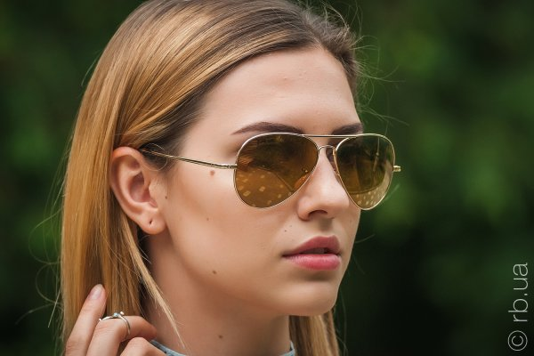 Ray-Ban Ultra Aviator RB8029K 040K/N3 на людях 3